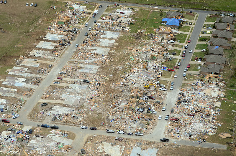 April_27,_2014_Vilonia_tornado_aerial_damage-new.jpg