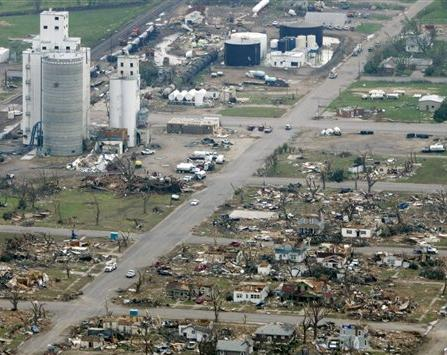 April_27,_2014_Vilonia_tornado_aerial_damage.jpg
